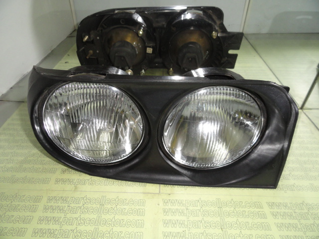 HEAD LIGHT RH