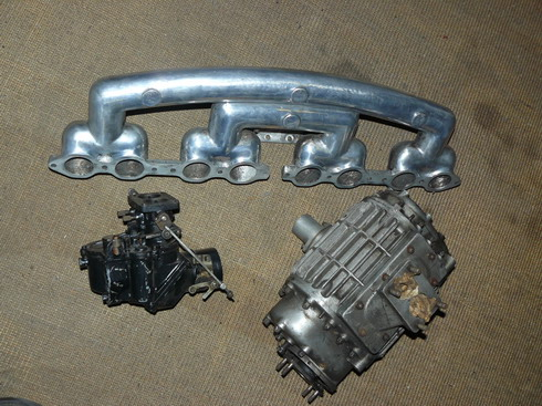 INTAKE MANIFOLD, CARBURETTOR AND COMPRESSOR. OEM PARTS